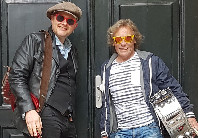 Erwin Beijersbergen (l) en Rob Kramer verzorgen een zomer met muziek.