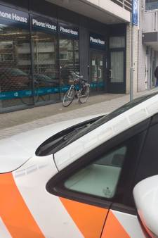 Overval op PhoneHouse in Best