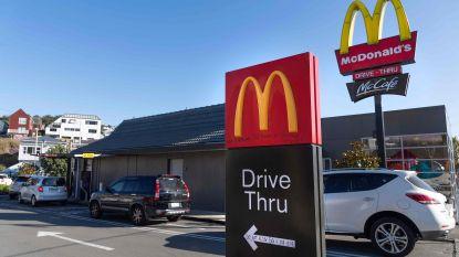 Rush op fastfoodrestaurants in Nieuw-Zeeland na versoepeling lockdown: politie moet ingrijpen