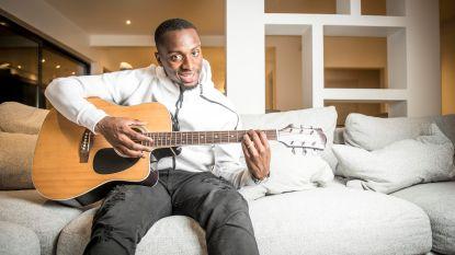 """Een openhartige babbel met Paul-José Mpoku: """"De voetbalwereld? Ik volg míjn principes"""""""