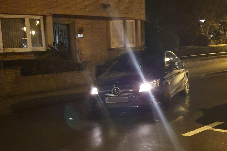 De auto vloog uit de bocht in de Koophandelstraat.