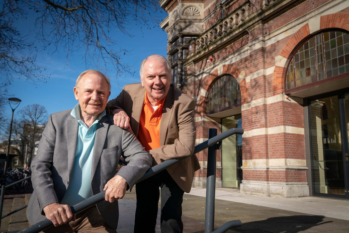 Ronnie Tober (rechts) en zijn man Jan Jochems (links).
