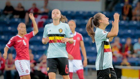Tessa Wullaert ontgoocheld na een gemiste kans - de Belgische sterspeelster kwam pas na de pauze aan de oppervlakte.
